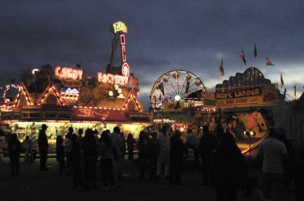 CRW_5945-nightFair-view.jpg